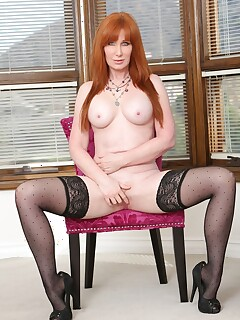 Redhead Stockings Pictures