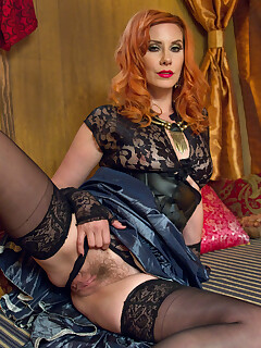 Femdom Stockings Pictures