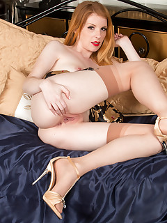 Anilos.com - Freshest mature women on the net featuring Anilos Nicole Hart horny anilos