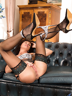 Anilos.com - Freshest mature women on the net featuring Anilos Lucy Heart milf office