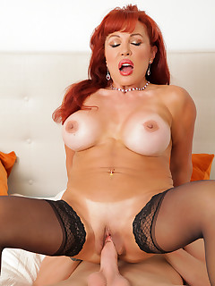 Anilos.com - Freshest mature women on the net featuring Anilos Vanessa Bella cum mature