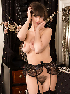 Anilos.com - Freshest mature women on the net featuring Anilos Kate Anne milf site