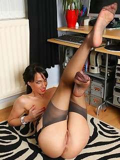 Office Babe Cheryl in Sexy Stockings