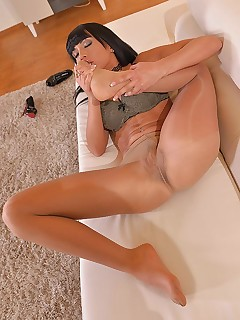 Sultry Solo Seduction: Babe Sucks Toes And Fingers Pussy free photos and videos on DDFNetwork.com