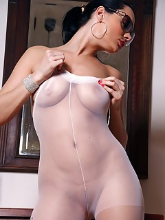 True Nylon - Free sample gallery
