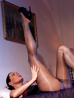 aPantyhose - Luxury leggy whore in shiny grey pantyhose