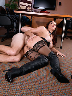 Leg Sex - Obey The Mistress - Raven LeChance and Levi Cash (41 Photos)