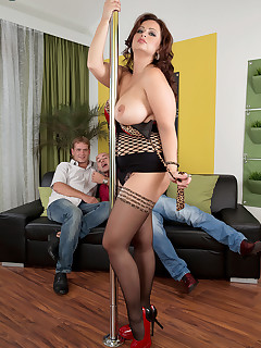 Scoreland - Big Tit Showtime With Sirale - Sirale, Neeo, and Thomas Lee (96 Photos)