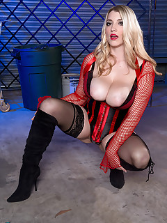 Scoreland - Busty Bad Girl - Melissa Manning (65 Photos)