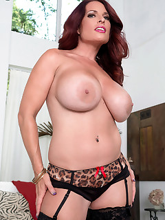 Scoreland - The Blair Tits Project - Goldie Blair (50 Photos)