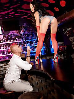 Scoreland - Pole Dancing Fantasy Girl - Patty Michova and Neeo (80 Photos)
