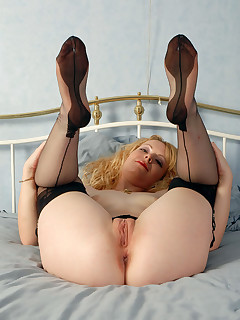 Wife Stockings Pictures