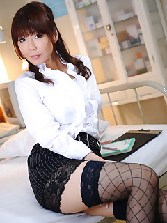 Hot lady Kyoushi Kan shows off her sexiness | Japan HDV