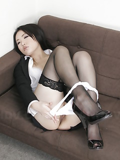 Japanese queen Ai Mizushima shows her pussy | Japan HDV