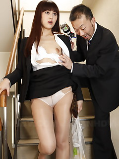 Haruna Sendo has her panties slipped off | Japan HDV