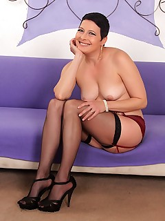 cock hungry milf kali karinena naked woman photos shaved pussy