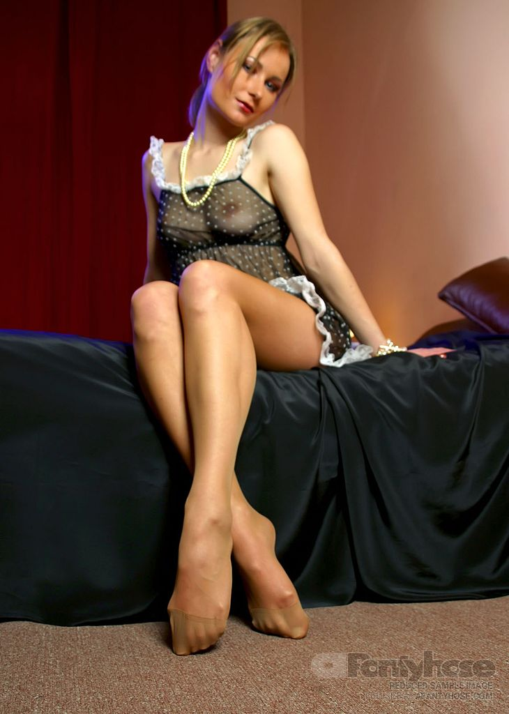 Leggy blondes in pantyhose